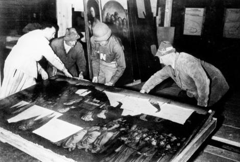 Los Monuments Men recuperaron el altar de Gante en la mina de Altaussee (Foto: monumentsmen.com)