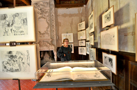 Catherine Hutin-Blay en Vauvenargues (Bouches-du-Rhône). Serge Mercier/La Provence/Maxppp. LE PARISIEN.